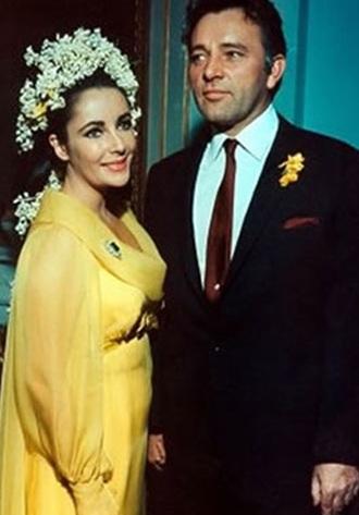 elizabeth-taylor-wedding-dress.jpg