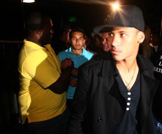 -neymar-neymar-disco_large_style.jpg