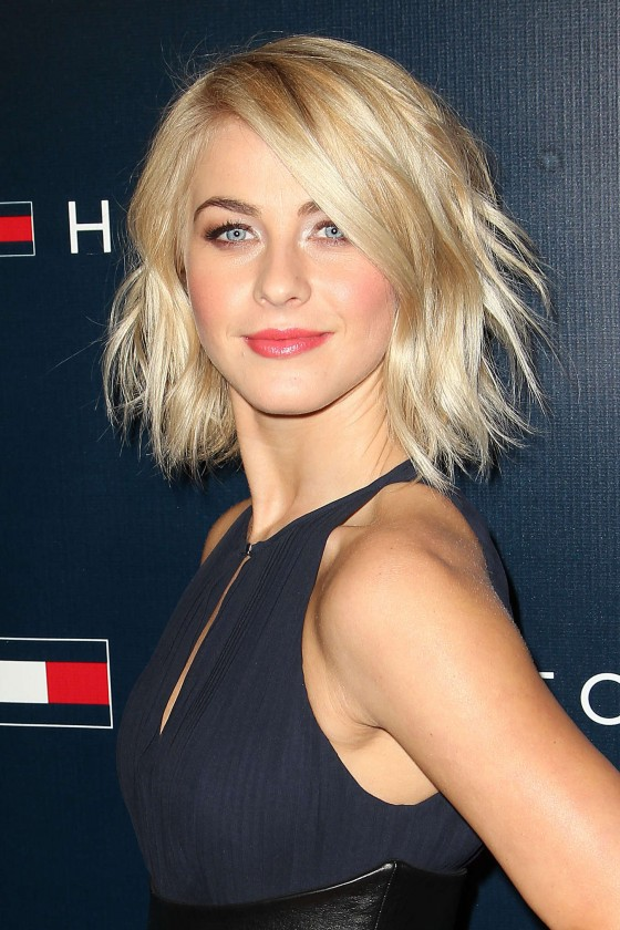 Julianne-Hough---Tommy-Hilfiger-flagship-opening-after-party--14-560x840.jpg