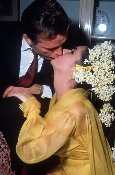 Richard-Burton-and-Elizabeth-Taylor.jpg