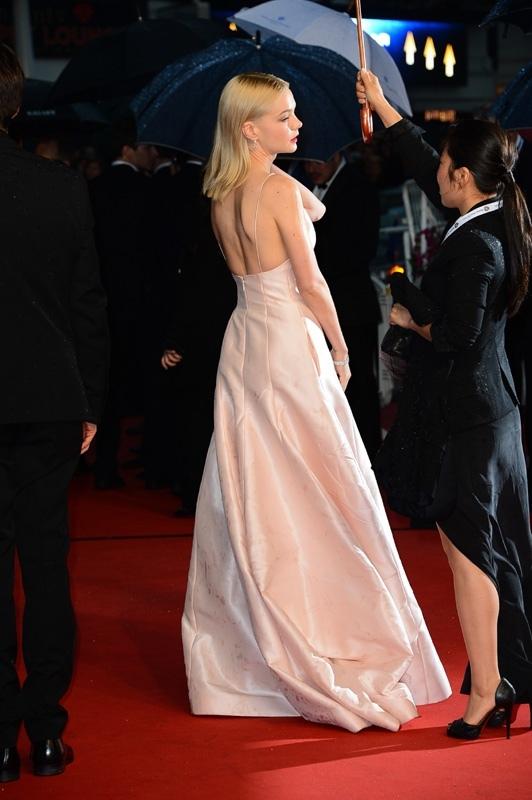 Carey-Mulligan-a-la-montee-des-marches-de-Gatsby-le-magnifique-au-66eme-Festival-de-Cannes-le-15-mai-2013_portrait_w858.jpg