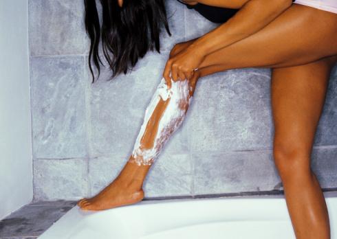 shaving-your-legs.jpg