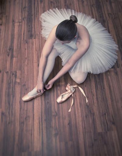 ballet_beauty_iii_by_xiron-d55okby.jpg