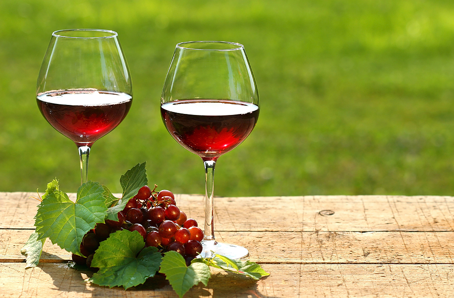 bigstock_Red_wine_on_a_summer_day_14089736.jpg