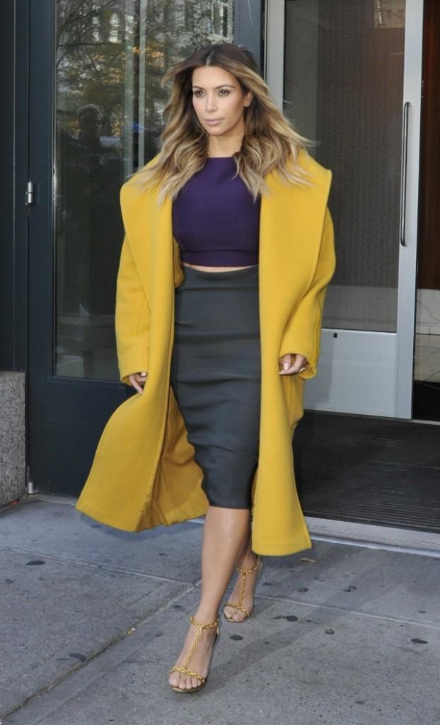 kim-kardashian-yellow-coat-622x1024.jpg