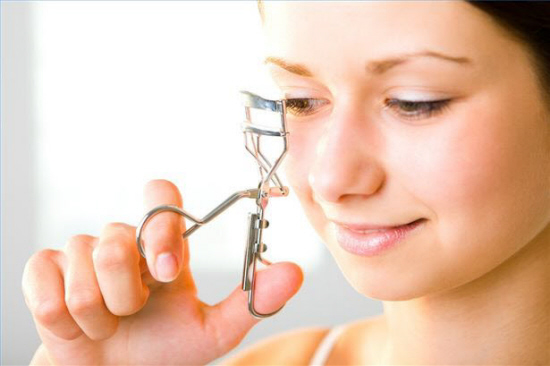 article-new-thumbnail-ehow-images-a02-3f-08-warm-up-eyelash-curler-800x800.jpg