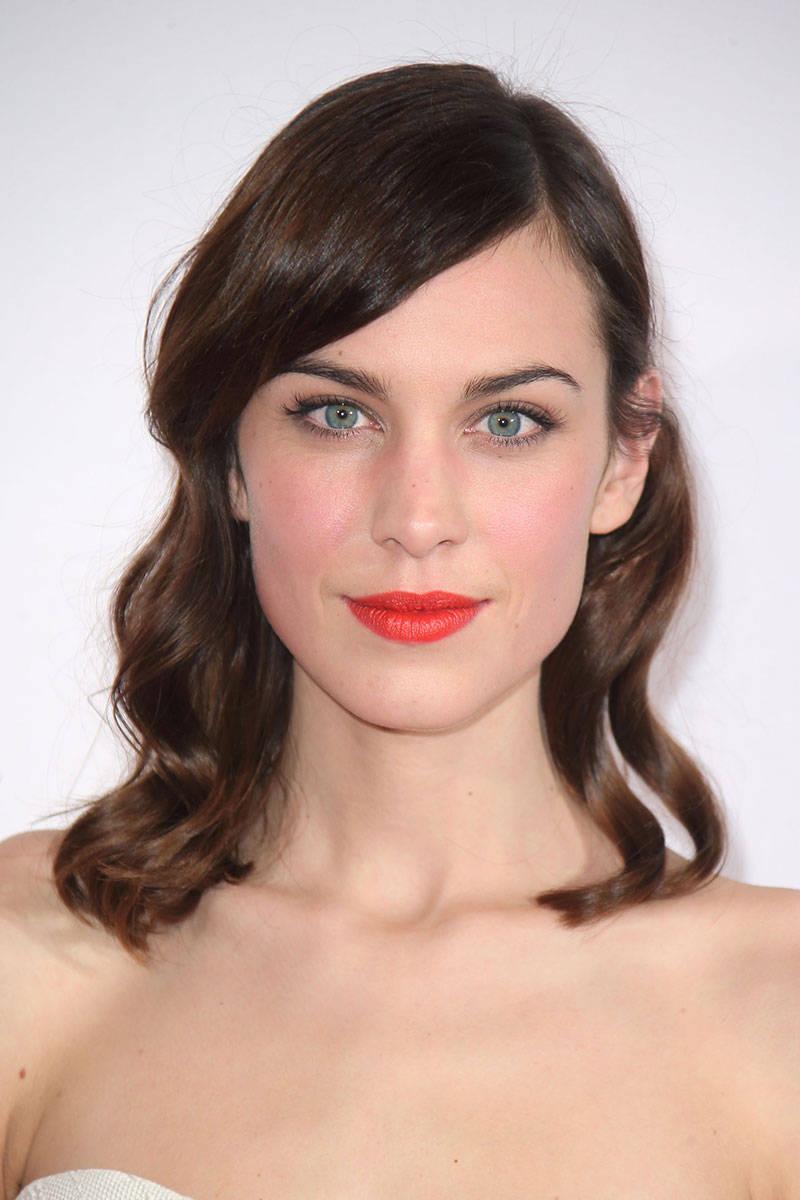 elle-13-mid-length-hair-alexa-chung-v-xln.jpg