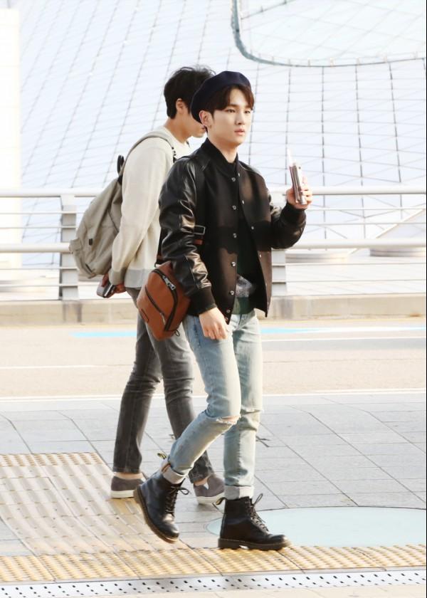 명불허전 샤이니 키 공항패션, 이번엔 가을 남자로 변신!(2).jpg
