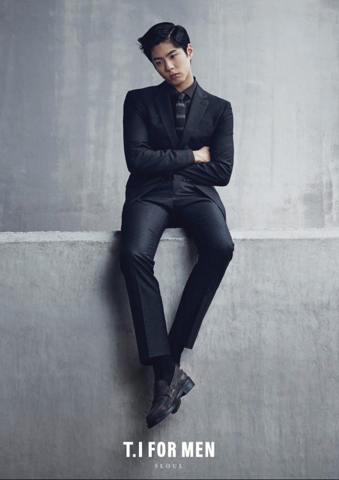 배우 박보검, '현실 남친룩' 선보인 겨울 화보로 여성들 취향저격(5).jpg