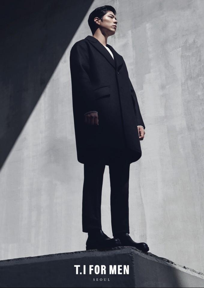 배우 박보검, '현실 남친룩' 선보인 겨울 화보로 여성들 취향저격(3).jpg