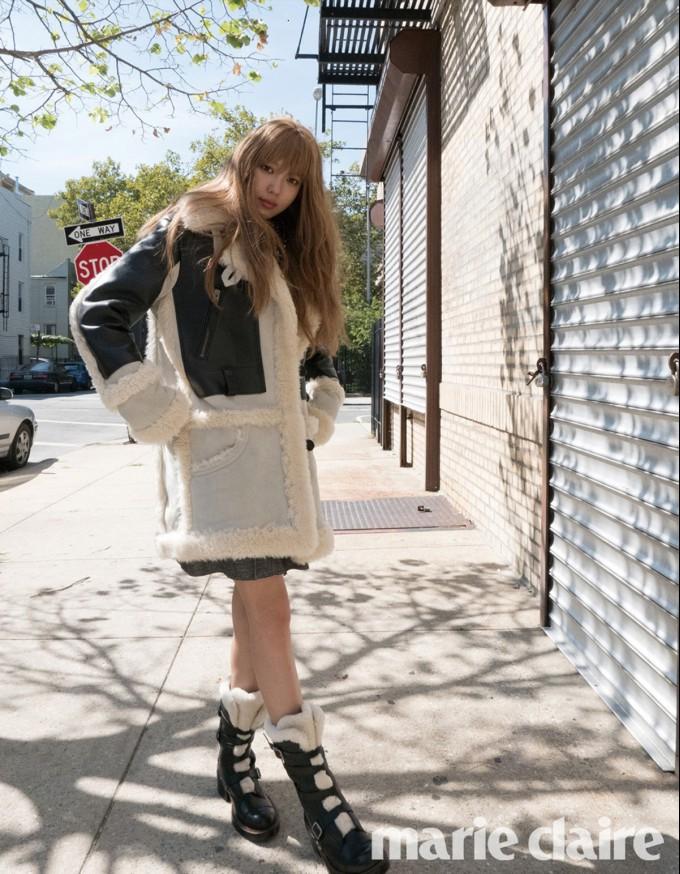 코치_마리끌레르 11월호_소녀시대 수영_패션화보 (10).jpg