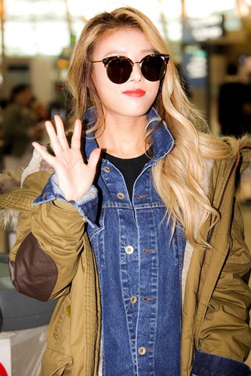 '금발미녀' 유빈, 선글라스 하나로 시선 집중! '프리티랩스타'의 위엄(4).jpg