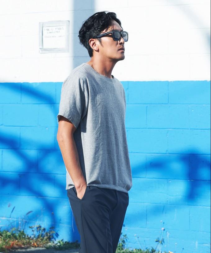 하정우, 하와이 일상 포착! 선글라스 하나로 화보인생 '배우포스 작렬' (1).jpg