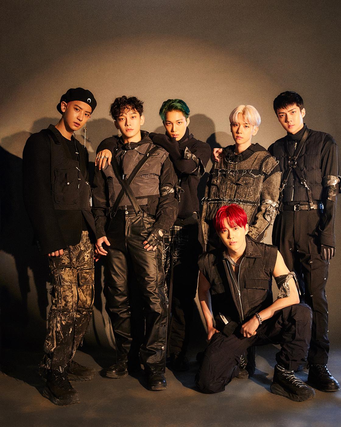 엑소 정규 6집 EXO 단체 이미지.jpg